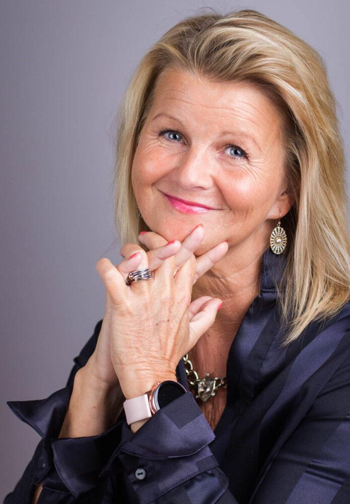 Susanne Isaksson, Zenani